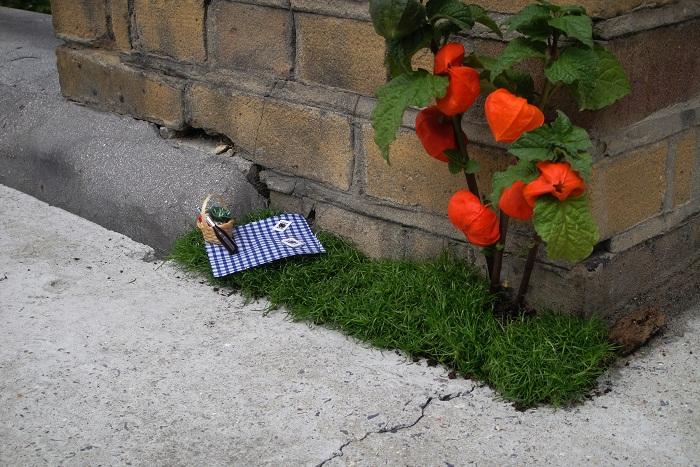 Guerilla Gardening - Designist (8)