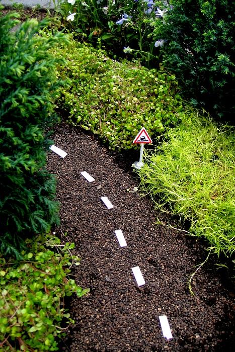 Guerilla Gardening - Designist (9)