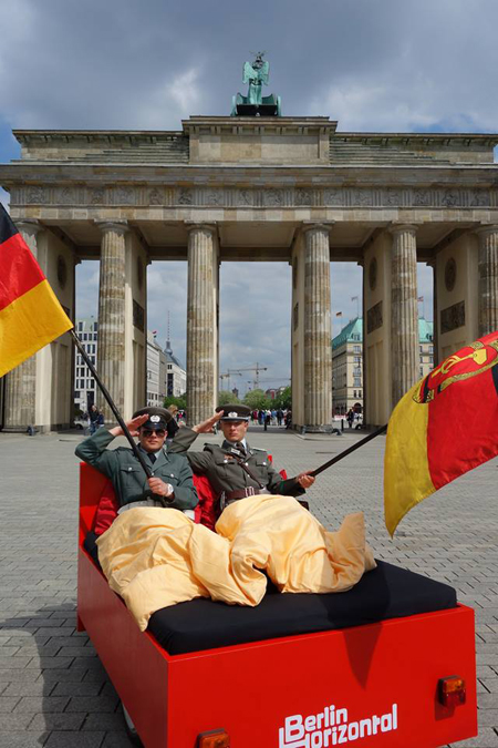 Cum e sa vezi Berlinul din pat designist 03