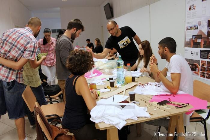 Hooman Talebi explaining the process - Designist