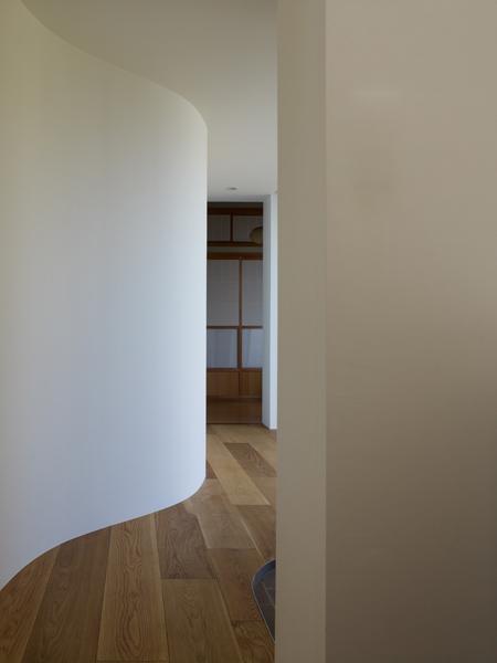 Casa cu copac designist 15