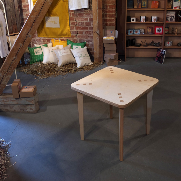 Designeri romani de obiect indragostiti de lemn designist 04