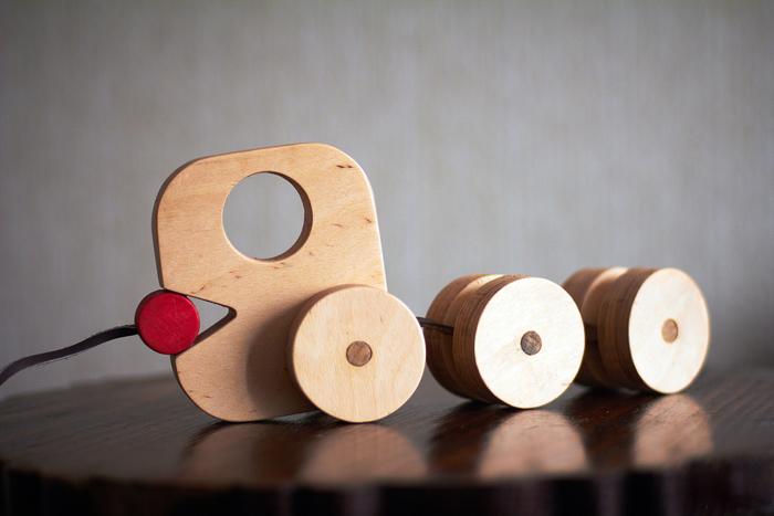 Designeri romani de obiect indragostiti de lemn designist 11