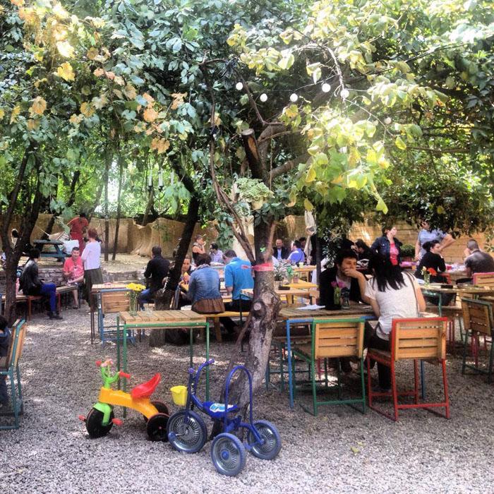 Localuri frumoase din Bucresti 14 designist