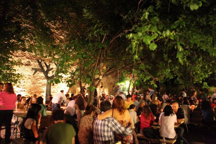 Localuri frumoase din Bucresti 15 designist