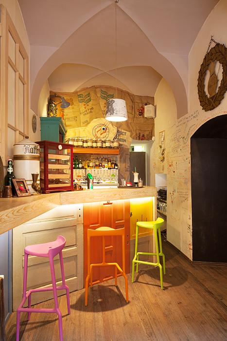 Colaj Cafe - Brasov - Designist (12)