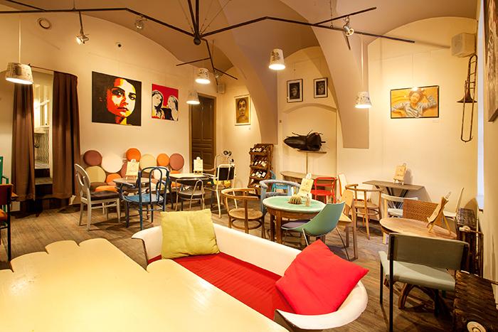 Colaj Cafe - Brasov - Designist (2)