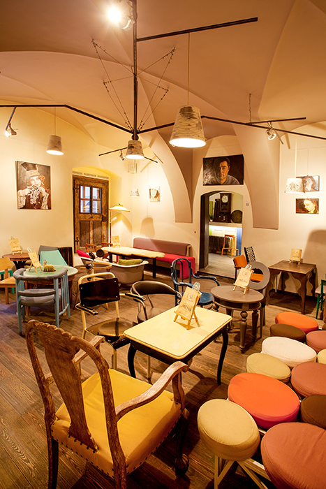 Colaj Cafe - Brasov - Designist (7)