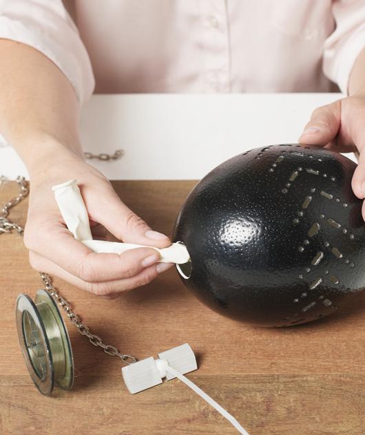 Lustra din oua de strut designist 06