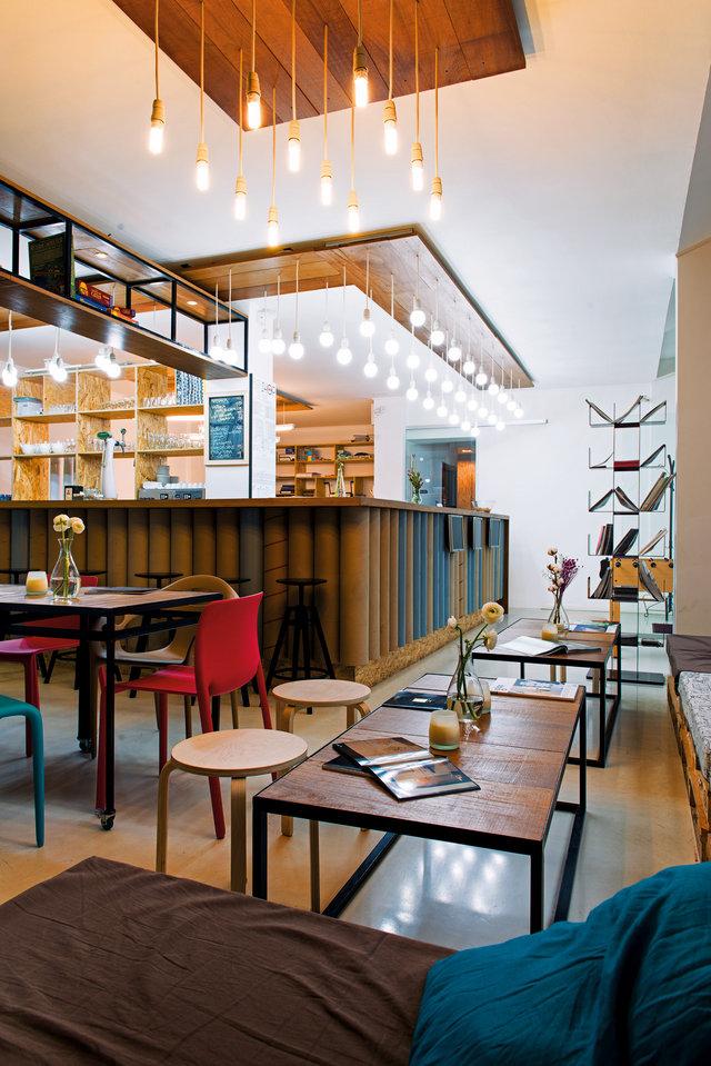 Plot Coffe Shop - Igloo - Designist (1)