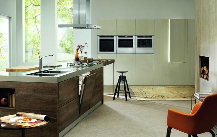 DG201312177_Fusion Kitchen_Faucet Supreme Design