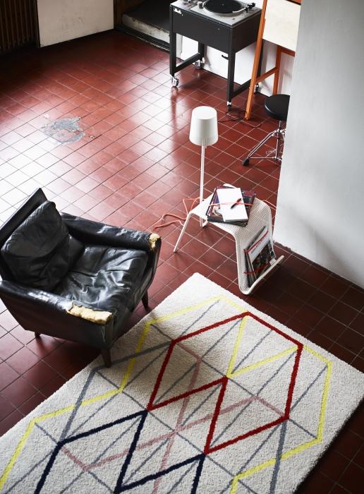 IKEA PS 2014 side tbl w lghtng 68x38 white_299 - Designist
