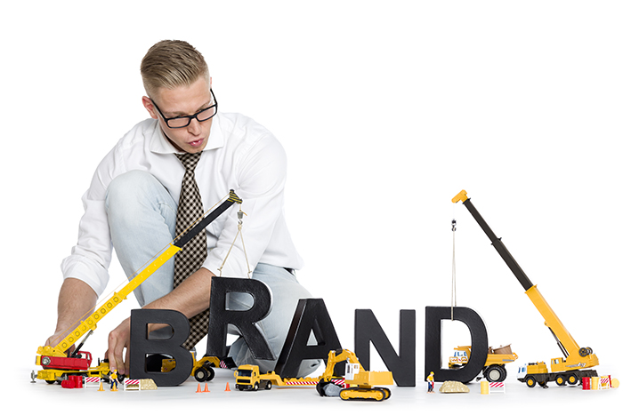 Imagine promo curs de Strategie de brand