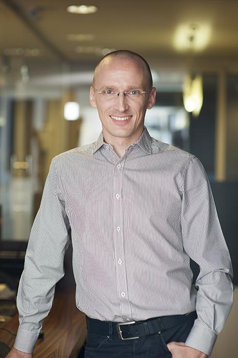 Stefan Liute - profesor Curs