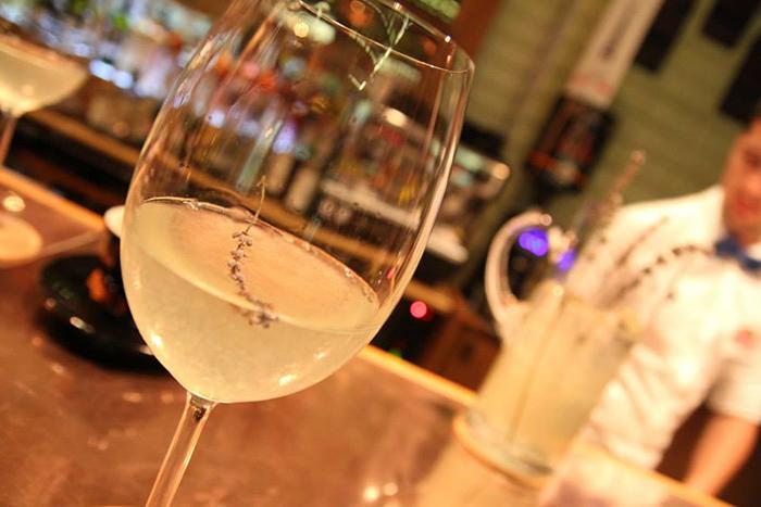 Wine Bars Designist 13
