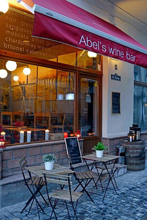 Wine Bars Designist 14