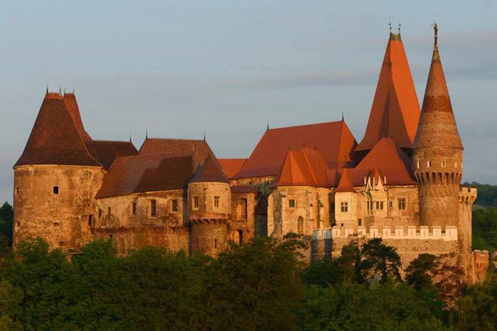 Castelul Corvinilor_foto Albert Horopciuc