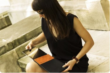 Husa din piele iPad - Gabriel Geller - Designist
