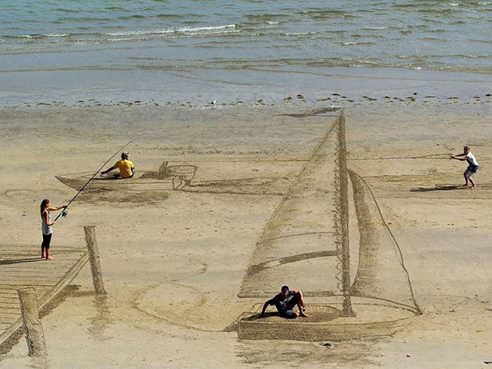 Arta pe plaja - Designist (2)