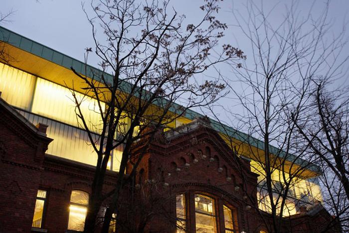 Nou si vechi - arhitectura Bucuresti - Designist (25)