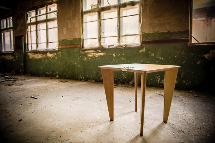 X Table (3) ZEST