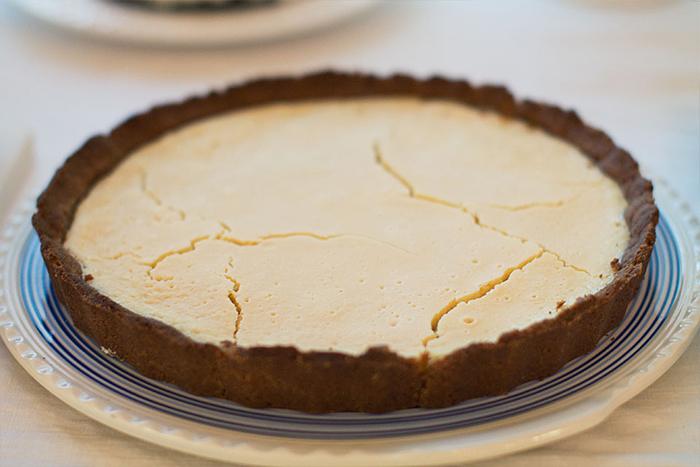tarta cu lapte condensat si lamaie