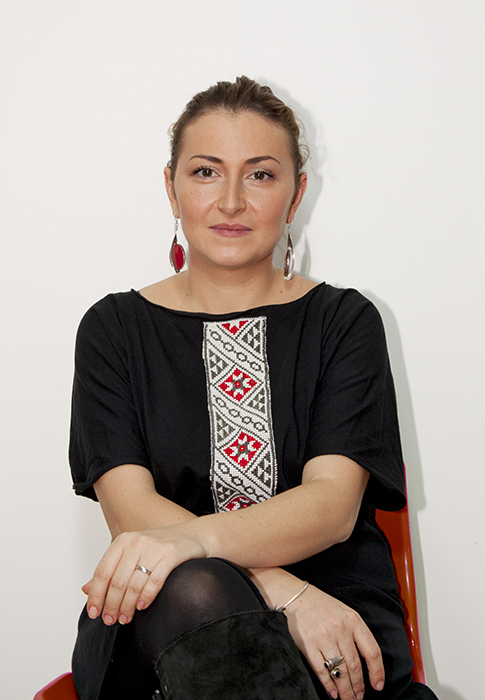 Alina Dinu - Bluna Design - Designist (1)