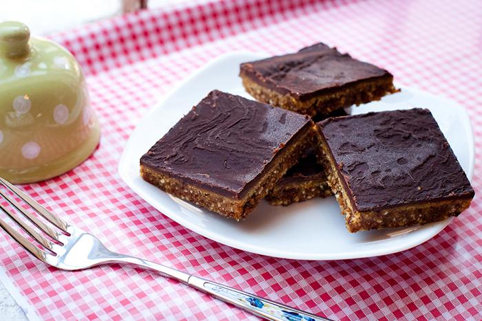patratele cu ciocolata si caramel