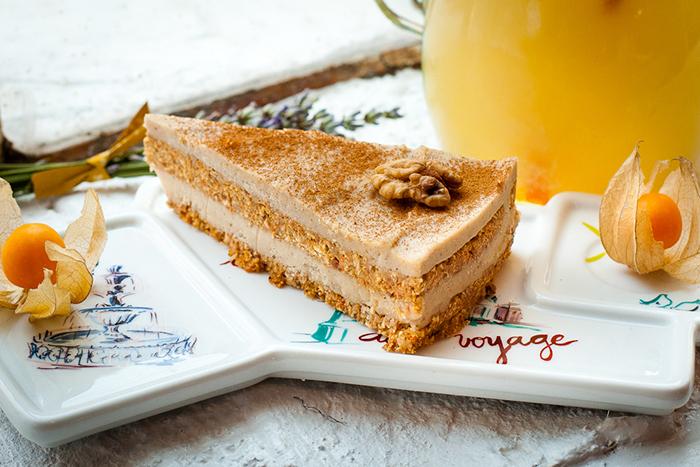 tort cu morcovi si vanilie