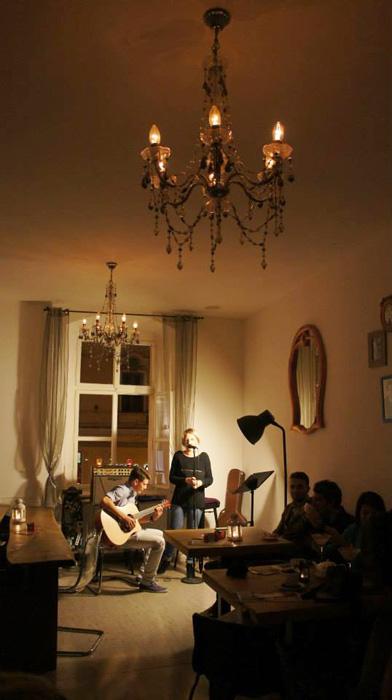 2Cafenea La Etaj - Sibiu - Designist