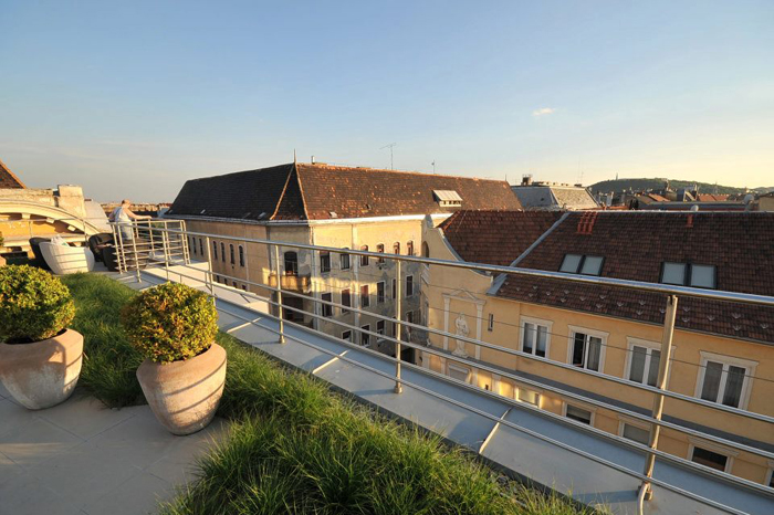 4Rooftop view - Continental Budapest Hotel - Designist