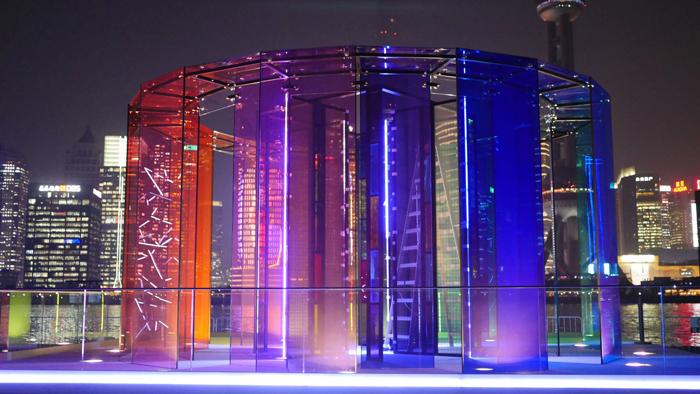 Pavilion Saint Gobain_color_-_colorer