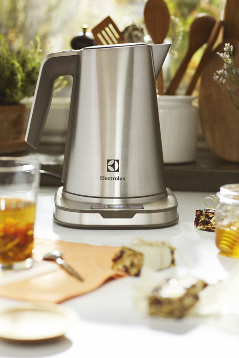 Kettle and Tea - Electrolux - Designist