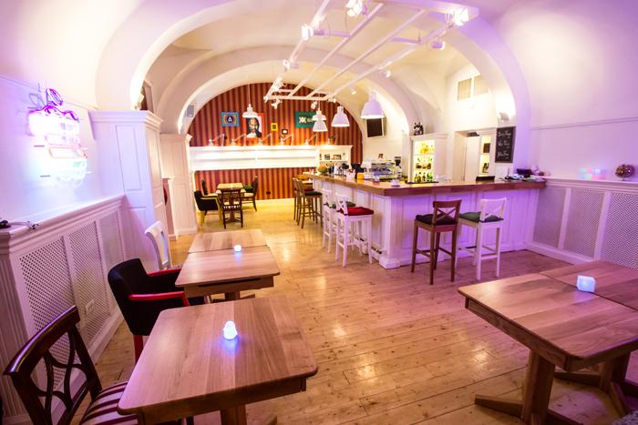 6Alt Club - Timisoara - Designist