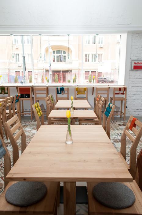 4Restaurant Victoriei 18 - Designist