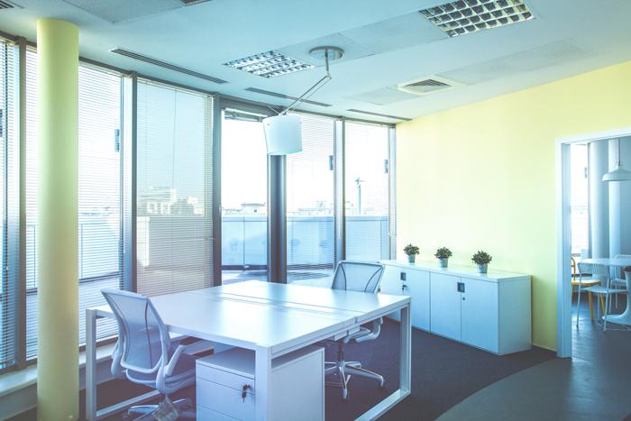 Așa arată biroul unor foști corporatiști, acum freelanceri 06