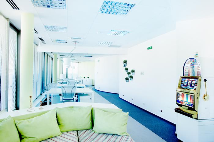 Așa arată biroul unor foști corporatiști, acum freelanceri 08