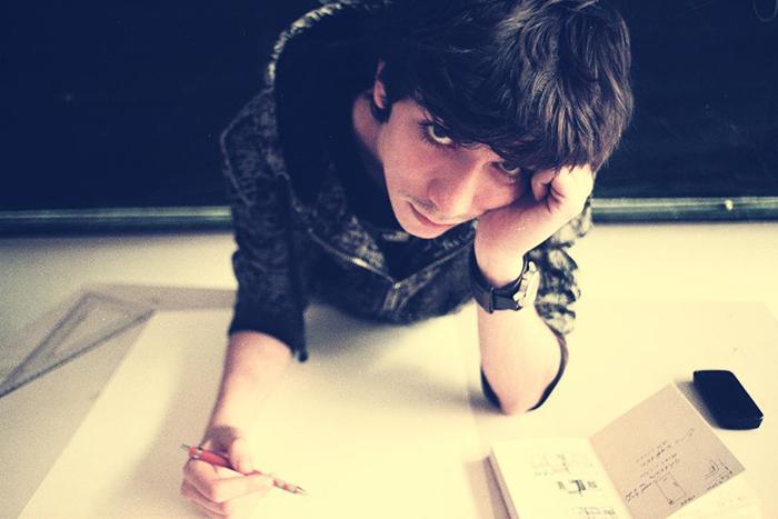 18Razvan Dumitru - Spoof - Designist