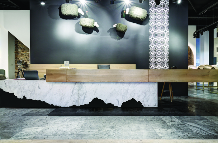 24Piatra Online - showroom - Designist