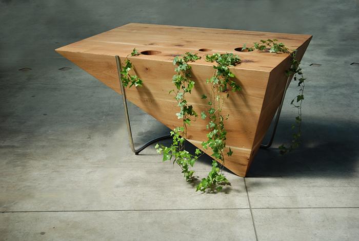 1_BIROU PIRAMID 00 s - - Atelier Ciprian Manda - Designist