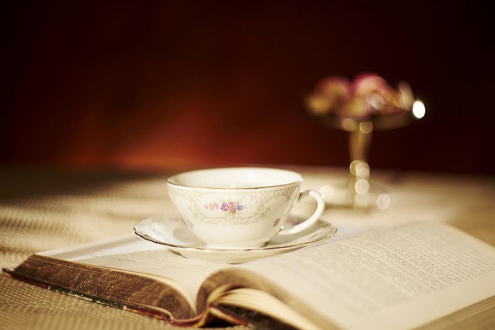 Cup & Candle_foto Radu Chindris (1)