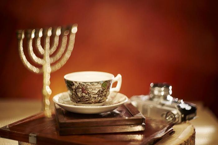 Cup & Candle_foto Radu Chindris (3)