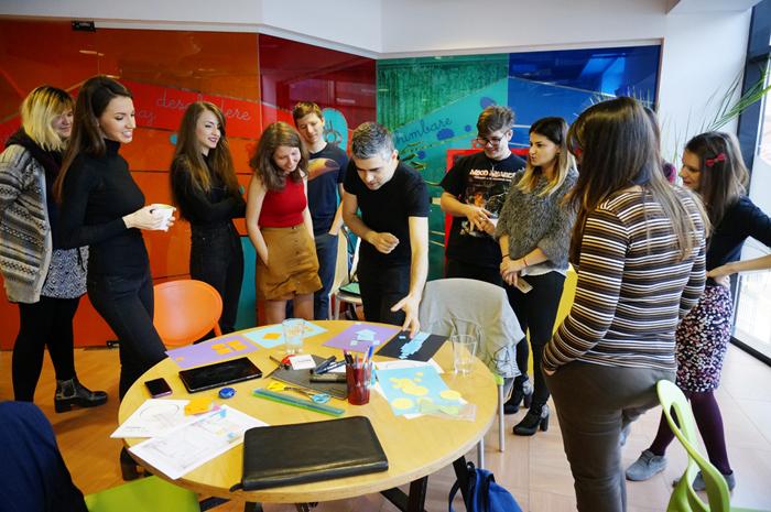 3Graphic Design - Creative Learning- primavara 2016