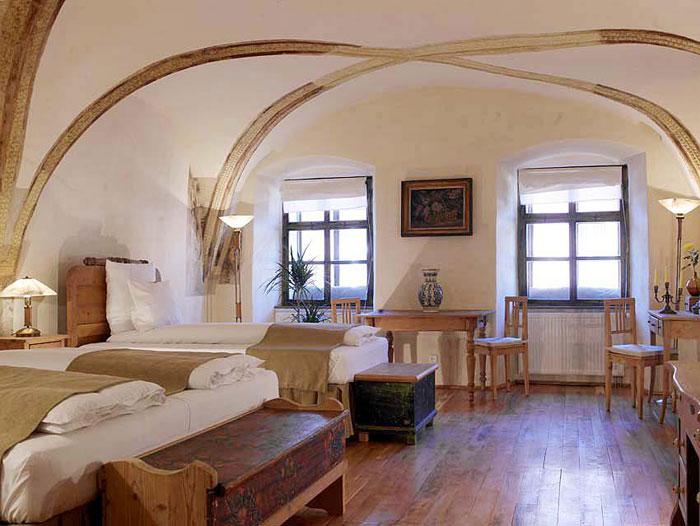 Fronius-Residence-Sighisoara_Designist2