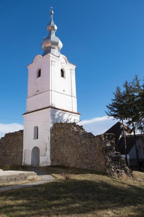 Biserica-Fortificata-Ilieni