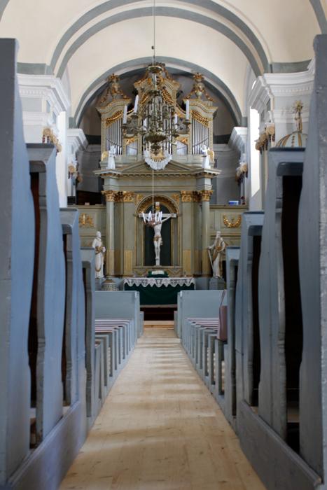 Biserica-Fortificata-din-Crit