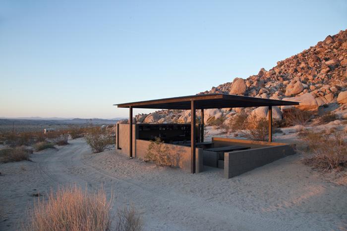 6Wagon Station Encampment - Andreea Zittel - Designist