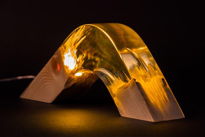 GUIDECO---Torn-lamp-02