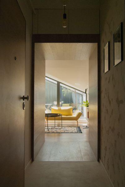 apartament H_anuala de arhitectura_intrare