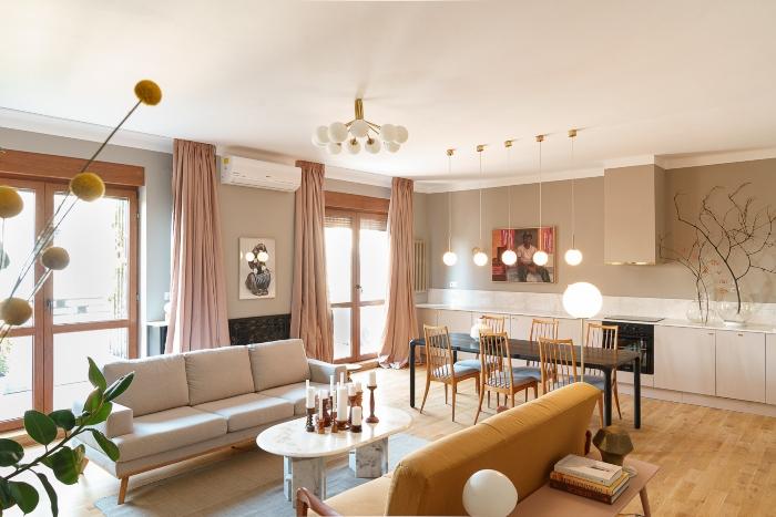 Deasupra Cișmigiului, într-un foarte fotogenic apartament interbelic